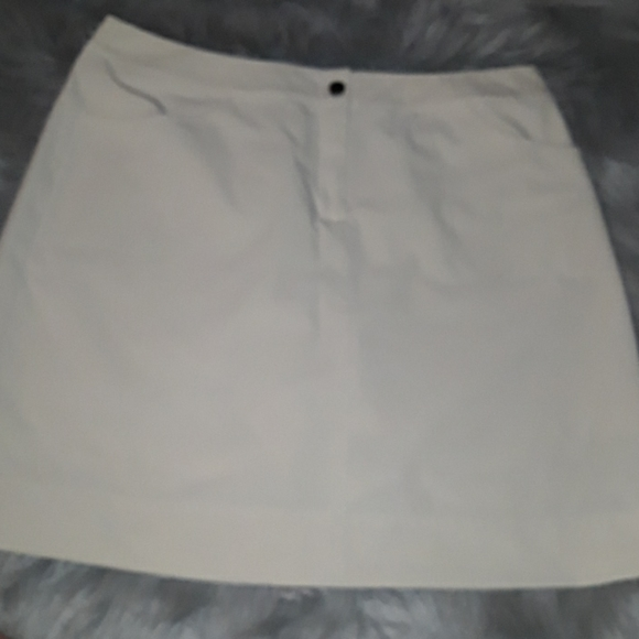 Dresses & Skirts - Cutter&Buck skirt